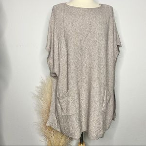 Lovestitch sand color poncho One Size
